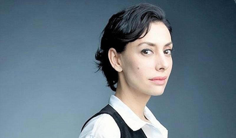 Laura-Aparicio